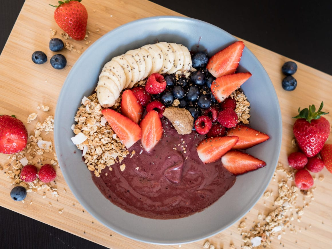 thick dairy free açaí bowl recipe